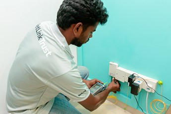 NetLink-Trust_Residential-Installation_Fibre-Cable-Testing_ Image Library